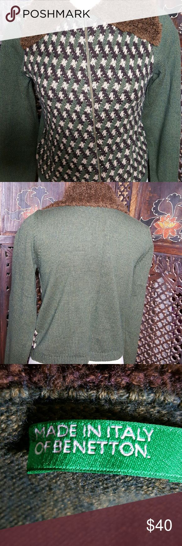 Stylish Made in Italy of Benetton zip down Sweater Olive, green, brown and Cream knit zip down Sweater with faux fur collar. BENETTON   Sweaters Cardigans