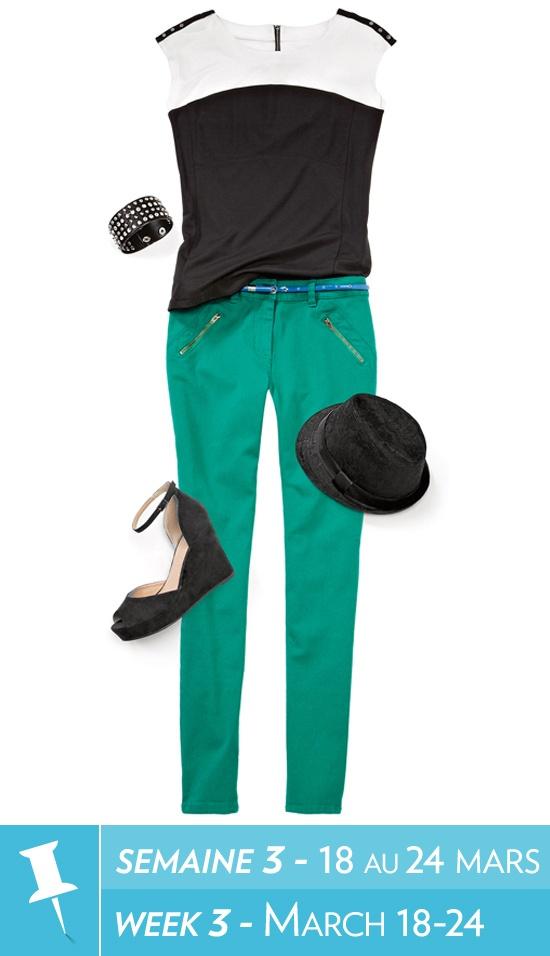 Colour block top, coloured denim, skinny belt, wedge sandal, bracelet / Haut à blocs de couleurs, denim coloré, ceinture étroite, sandale à semelle compensée, bracelet #reitmans #reitmanspinittowinit