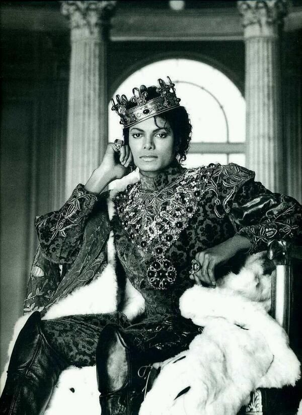 Vintage photo clearly states that he really IS the king of pop. :)