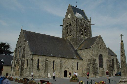 d day museum st mere eglise