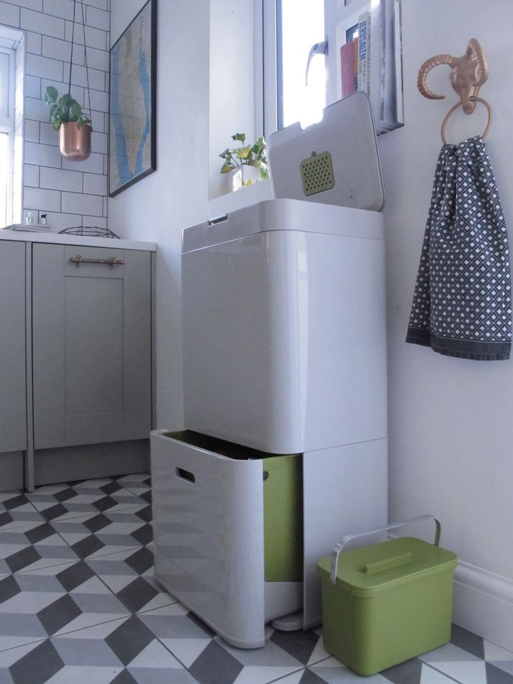 does your kitchen suffer from rubbish overflow then read this review of the joseph joseph