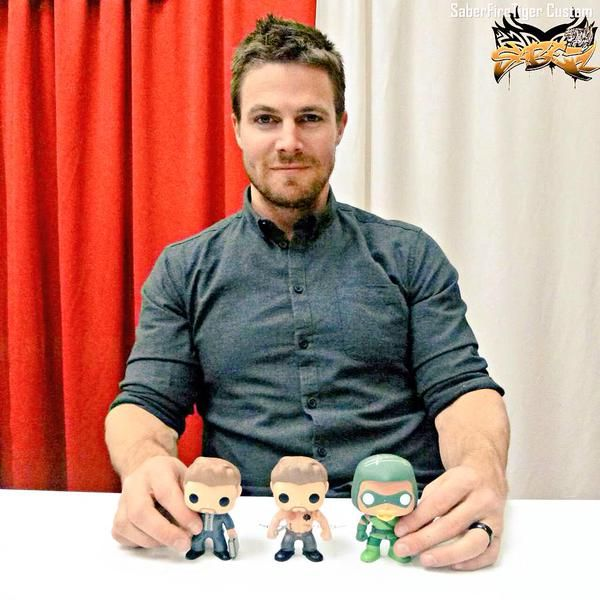 Stephen Amell & his custom POP's. #arrow