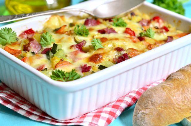 Rýchly recept na zapekané zemiaky: Pripravte ich trochu inak, na tú božskú chuť budete ešte dlho spomínať | Casprezeny.sk