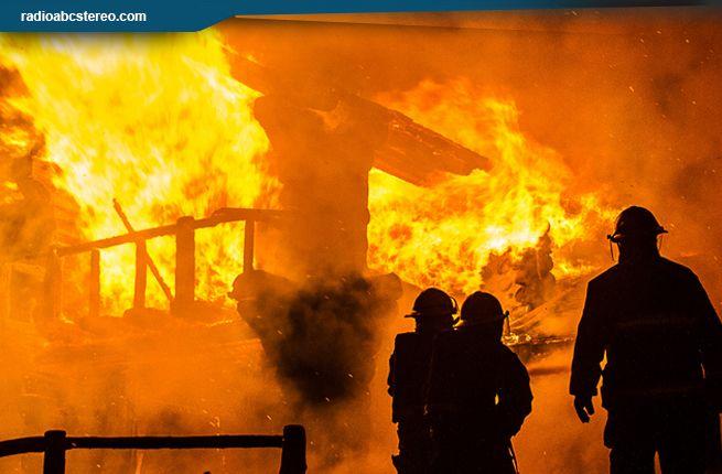 Vivienda se quema por completo en la comunidad de La Quinta