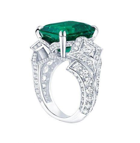 Louis Vuitton Acte V Collection | Ring Platinum 1 Columbian emerald: 9,95 cts Diamonds