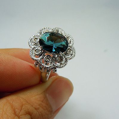 Free shipping wholesale dealing with custom fashion jewelry an astonishing 100% natural sapphire 925 silver ring $16.91