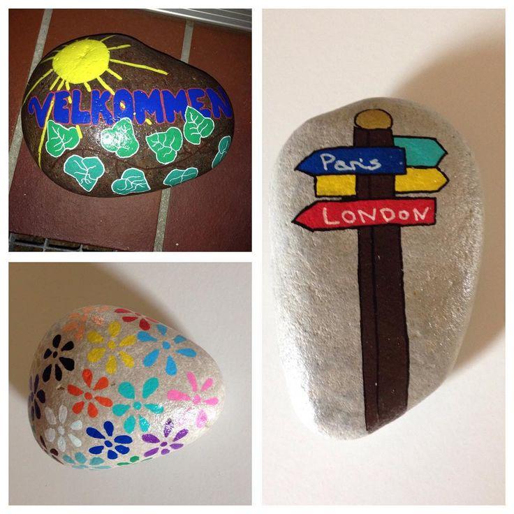 #paintedstones #malpåsten #hobby #posca #poscapen #poscamarkers #molotows #velkommen #skilt #sign #blomst #flower