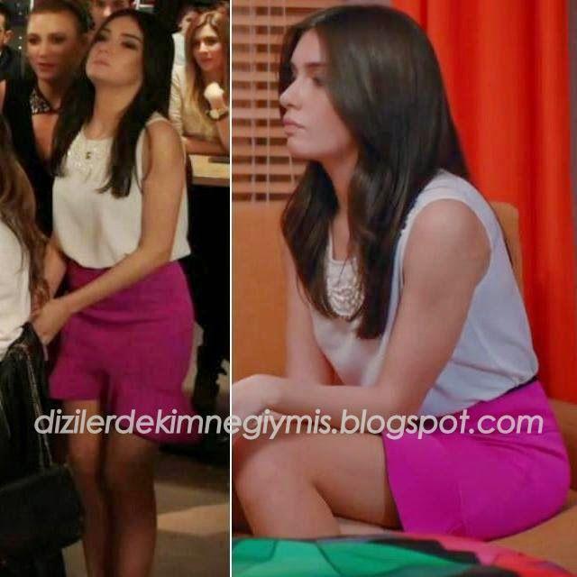 Medcezir - Eylül (Hazar Ergüçlü), White Top and Pink Skirt