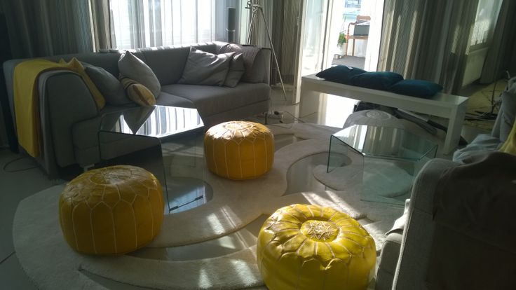 3 Feet tables (Sovet Italia) and Moroccan pouffes
