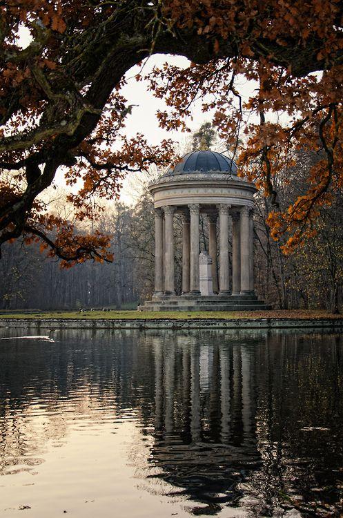 Nymphenburg Palace, Munich, Germany (by Armin Hofen)
