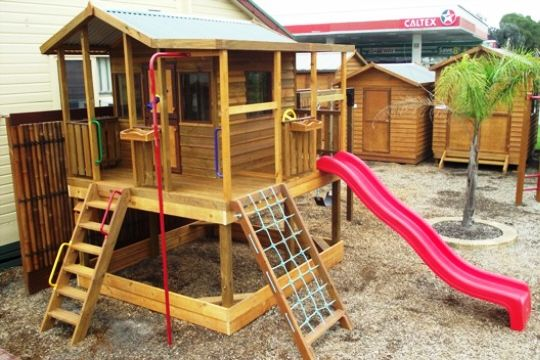 Kids Cubby House | The Ultimate Cubby | Matt's Homes