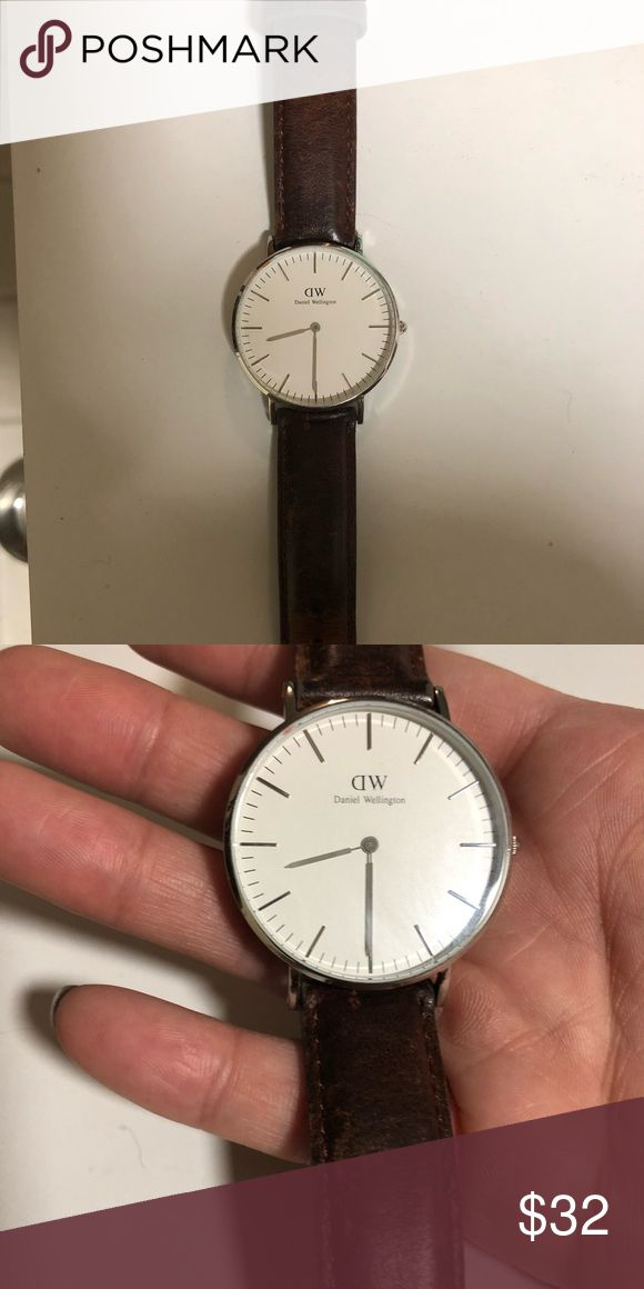 Daniel Wellington Women's Watch - St Mawes Needs a new battery so price is reduced accordingly. In great condition otherwise. Daniel Wellington Accessories Watches
