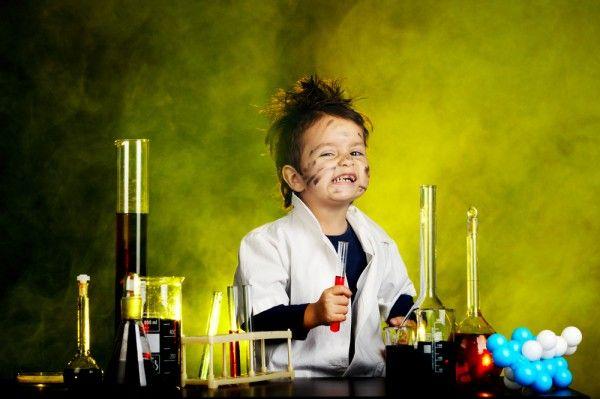 12 #experimentos científicos fáciles de realizar y disponibles en #YouTube http://wwwhatsnew.com/2013/11/13/experimentos-cientificos-faciles-videos-youtube/