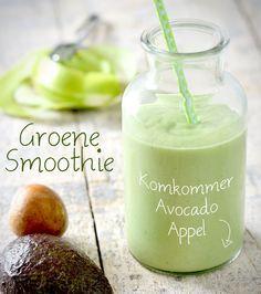 Groene Smoothie met komkommer. Dit heb je nodig : 1 Komkommer, 1 Avocado, 1 Groene appel, 200 ml water