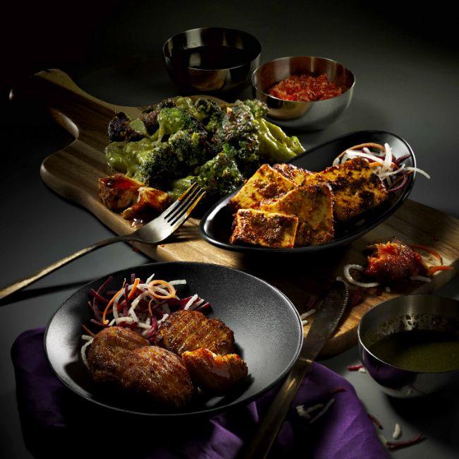 Indulge in North Indian cuisine at Pind Balluchi #sgfood #SingaporeFood #Singapore #Sg #sgnews #wheretoeat #IndianFood