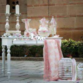 Στολισμός γάμου με σάπιο μήλο, lime, δαντέλα και λουλούδια απο την Glam&Plan