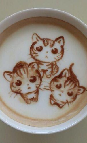 Kitty latte art. Three little kittens lost their mittens