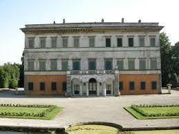 VILLA REALE IN MARLIA: Dal 07-04-2015 Al 31-12-2015 Riaperto il meraviglioso Parco della Villa Reale di Lucca, in località Marlia. Visita obbligata, insieme alle altre Ville del Settecento.  //gallery.mailchimp.com/b5e93b4d7e0701fd91e0dc879/files/Villa_Reale_IT.pdf  http://www.comune.lucca.it/turismo/ville_lucca