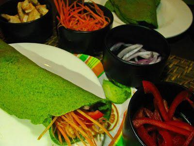 Crepes de espinafres com frango e maionese de abacate