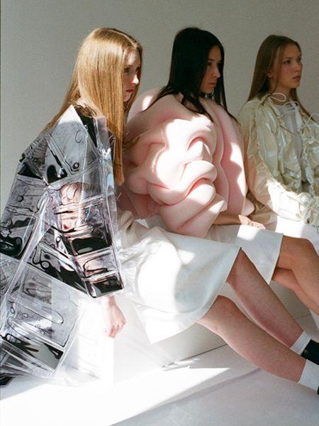 THE GARMENTS MAY VARY . : Nadine Goepfert — Textile & Design