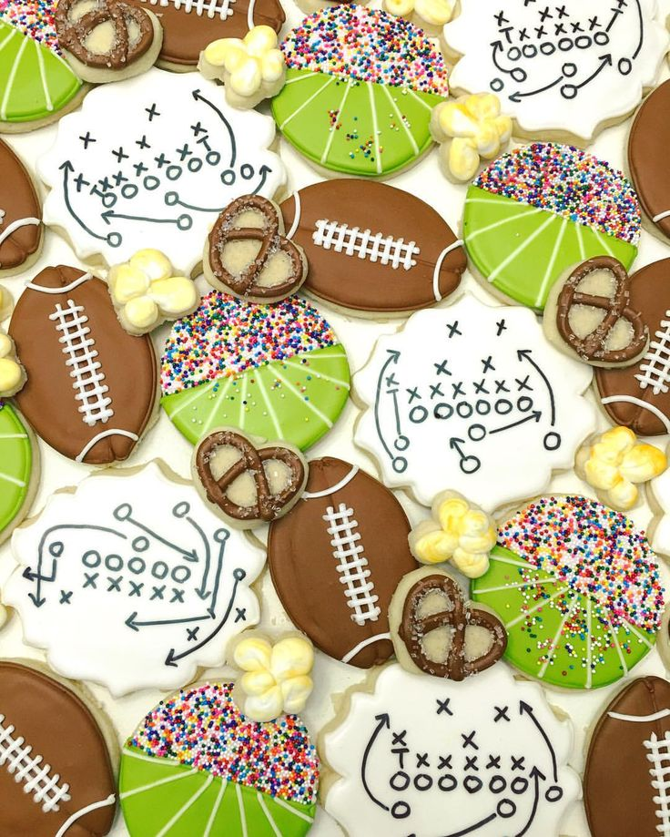 Football cookies  @doughmestichousewife •