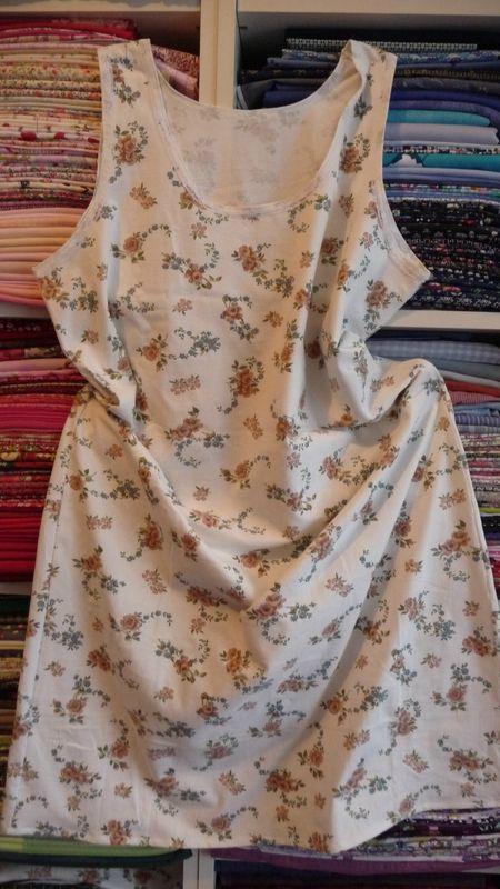 les 25 meilleures id es concernant mod le de chemise de nuit sur pinterest enfants patrons. Black Bedroom Furniture Sets. Home Design Ideas