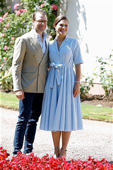 Prince Daniel of Sweden and Crown Princess Victoria of Sweden pose in front of Solliden Palace to celebrate the 40th birthday of Crown Princess Victoria of Sweden on July 15, 2017 in Borgholm, Sweden.