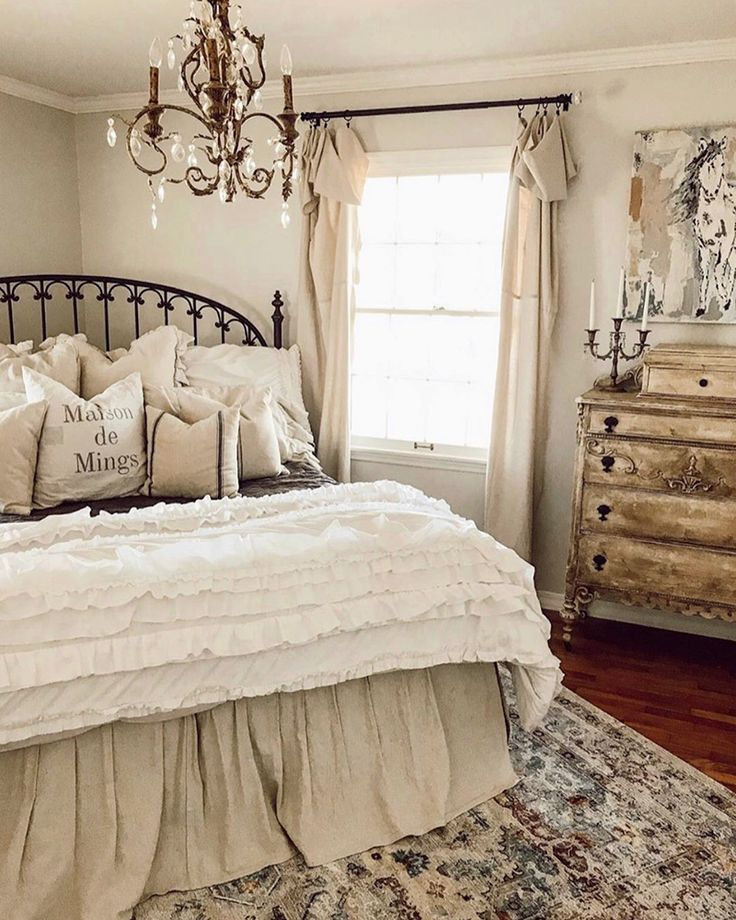 Country French Cottage English Country In 2020 Cottage Bedroom Decor French Cottage Decor Bedroom Country Chic Bedroom