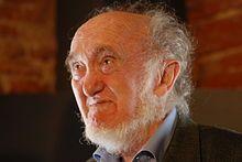 Albert Jacquard, né le 23 décembre 1925 dans le 1er arrondissement de Lyon, et mort à Paris le 11 septembre 2013, est un chercheur et essayiste français. Spécialiste de génétique des populations, il a été directeur de recherches à l'Institut national d'études démographiques et membre du Comité consultatif national d'éthique. Il a écrit l'avenir n'est pas écrit (livre à vendre sur mon blog)