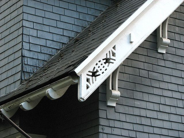 Elaborated rafter ends   Curved rafter tails  decorative brackets  cut out  rafter ends. 19 best Rafter Tails images on Pinterest   Architects  Bungalow