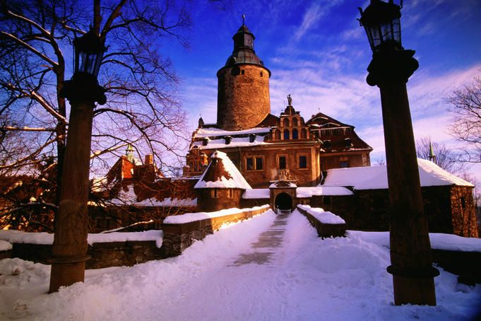 Czocha Castle (Tzschocha) hotel in winter, Lesna, Lower Silesia.