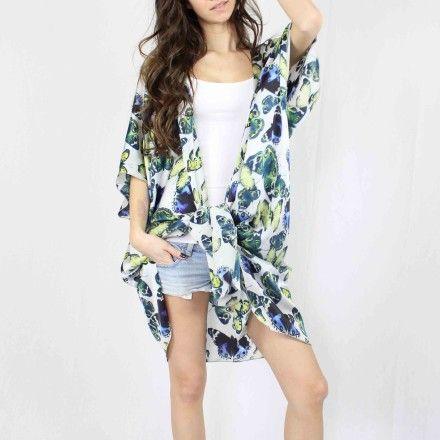http://kabak.es/producto/kimono-mariposas/