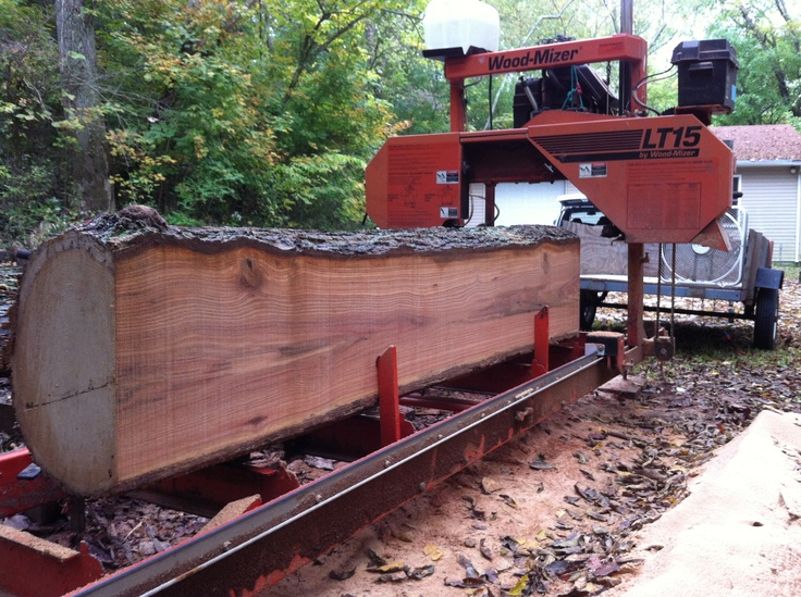 Our Woodmizer Lt15 Sawmill With A 22 Quot Oak Log On It