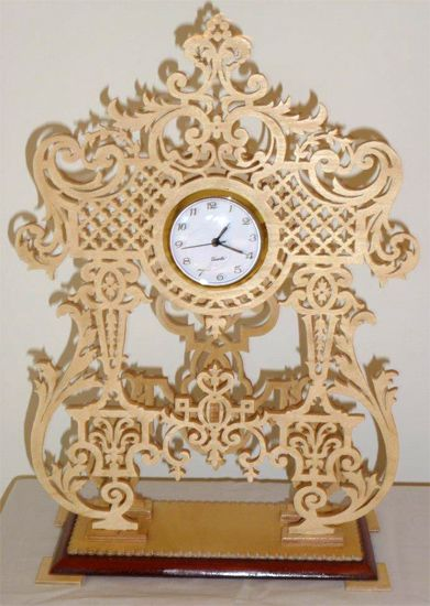 French renaissance clock, scroll saw fretwork pattern
