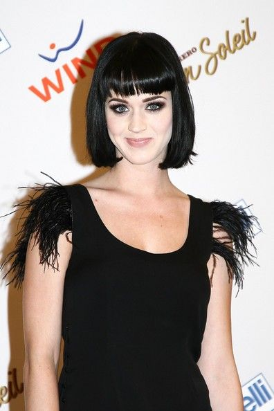 Katy Perry Biography| Profile| Pictures| News