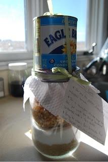 Creative Gift ~ Caramel Popcorn in a Jar Tutotial ~ What you need:  *1 c. white sugar *1 c. brown sugar *1 1/4 c. popcorn *empty jar *sweetened condensed milk *ribbon *fabric scrap *plastic bag *screw on lid or rim *scissors *index card or recipe card