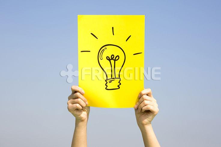 컨셉, 사진, 손, 교육, 하늘, 생각, 오브젝트, 과학, 발명, freegine, 전구, 아이디어, 에프지아이, FGI, 종이, PHO275, PHO275a #유토이미지 #프리진 #utoimage #freegine 19402907