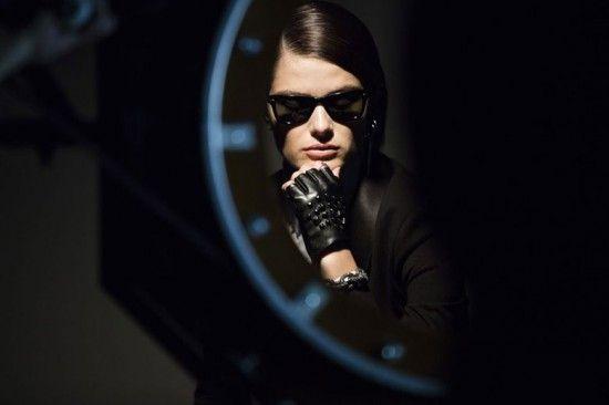 Isabeli Fontana no making of da coleção feita em parceria com a Karl Lagerfeld e a Riachuelo - vem ver mais aqui!