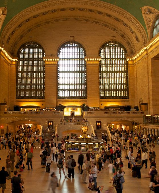Before entering this historically famous train station, be sure to know its proper name. Grand Central Terminal (not station) is a shrine to New York's famed history. hotel41nyc.com