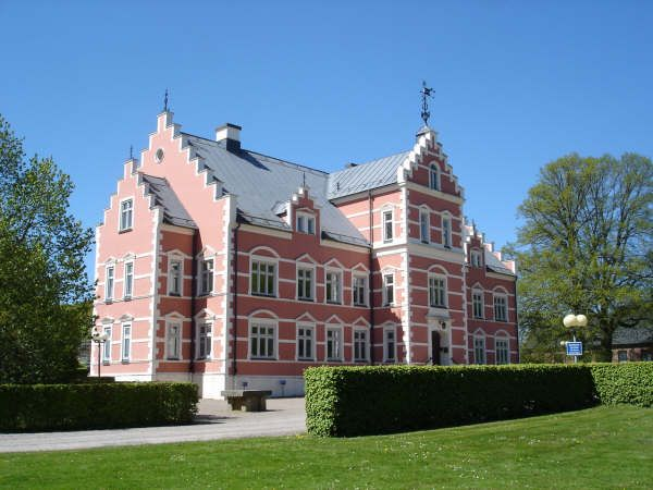 Pålsjö Slott, Sverige