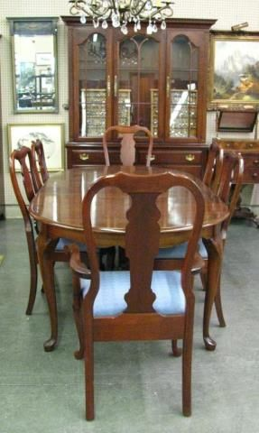 A Pennsylvania House Solid Cherry Admirals Queen Anne Style Dining Room Suite Including Table With Two Leaves Eight Fiddle Back Chairs Cushioned