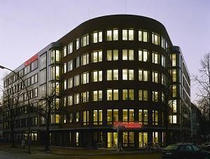 """Die Zukunft ist digital. Davon ist der Cornelsen Verlag überzeugt und will daher rund 50 Millionen Euro in den neuen Unternehmensbereich """"Digital"""" stecken, wie die Financial Times Deutschland berichtet. ..."""