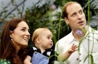 Pangeran William dan Istrinya Kate ke Taj Mahal