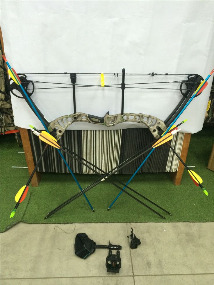 #archery #archer #archerygirl #mantarget #starterpack #arrows #arrow #bowbutts #archerkids   #bladesandtriggers #heidelberg #heidelbergmall #favoritestore #august #awesome #2016 #robinhood #outdoors #outdoorfun #oliverqueen #hunting #huntersstarterpack