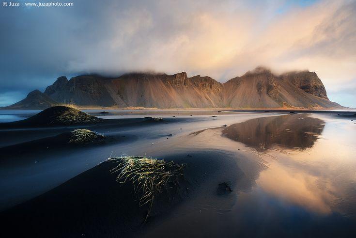 Vestrahorn all'alba, Islanda - Foto scattata con α7S  Sito Web: www.juzaphoto.com