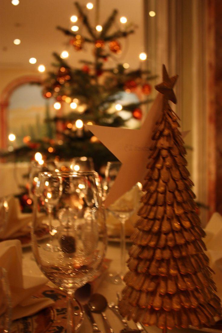 Weihnachtsdekoration und Christbäume - Weihnachtsurlaub im Riessersee Hotel Resort Garmisch-Partenkirchen - Christmas holidays in Bavaria, Garmisch