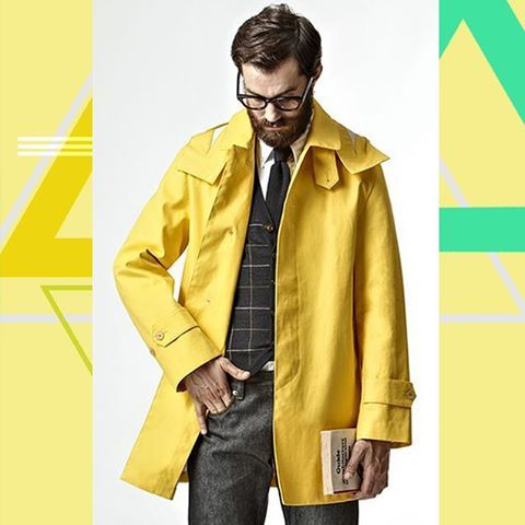 And to meet rainy autumn days. A classic of raincoats as it is, but with a funky twist. By Mackintosh Philosophy, a Japanese diffusion brand of the renowned Mackintosh  #mackintosh #raincoat #yellowcoat #yellow #classic #dandy #madeinjapan #denialofentry