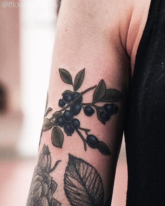 1000 images about tattoos on pinterest watercolors succulent tattoo and peonies tattoo. Black Bedroom Furniture Sets. Home Design Ideas