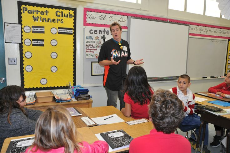 Tom Koehler takes over a classroom at Pinecrest Elementary. #Marlins