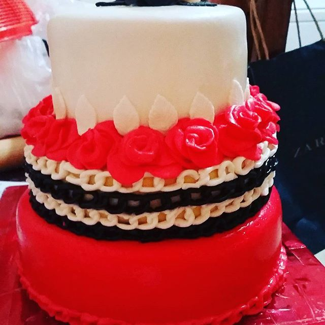 Grandparents are so great... we turn them into great grandparents. I had the honour of making this cake to celebrate my grandparents' anniversary. The chains of love will continue for generations to come. -  -  -#mamaanddady #grandparents #redblackandwhite #coles #jamaica #montegobay #cakesofinstagram #cakegram #instacake #cakestagram #bramptoncakes #brampton #gta #mississauga  @sweetboucakes